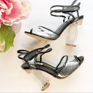 Cape Robbin heels